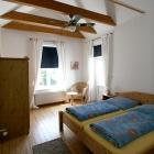 cuxhaven-ferienwohnung-6personen_schlafzimmer1_2