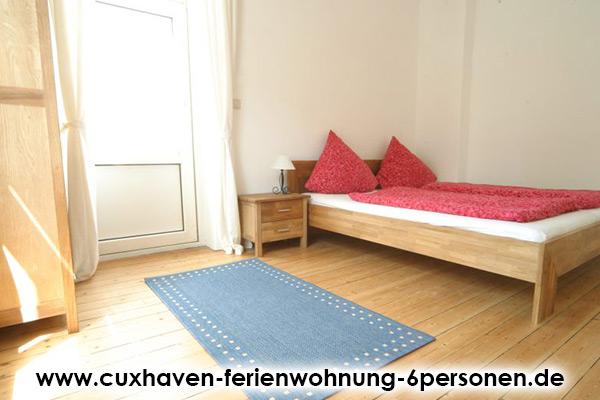 Cuxhaven-Ferienwohnung-6Personen_Schlafzimmer2