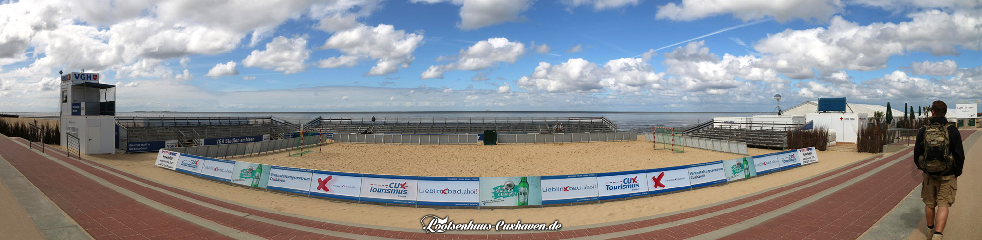 Panoramafoto vom Stadion am Meer in Cuxhaven