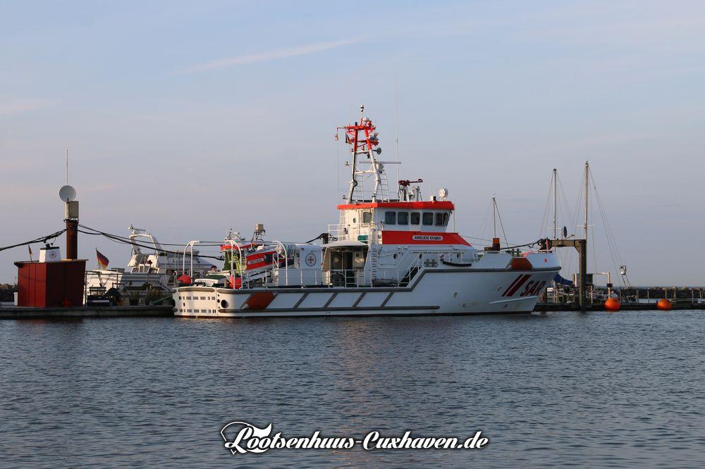 Seenotkreuzer Anneliese Kramer in Cuxhaven